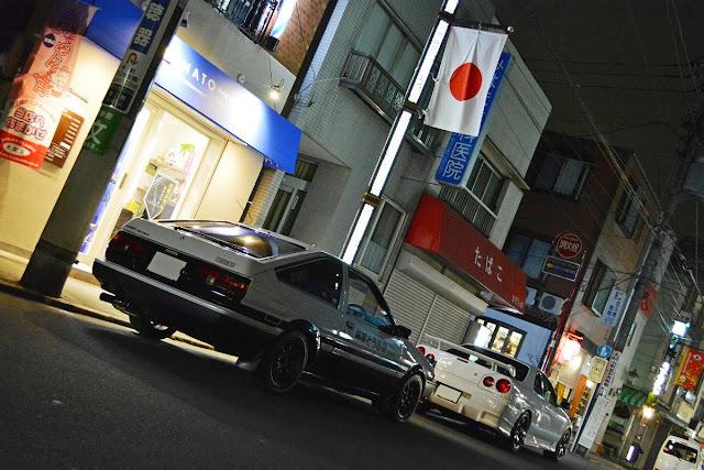 Toyota Sprinter Trueno AE86, Nissan Skyline GT-R R34, kultowe auta, samochody z duszą