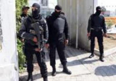 Σε κατάσταση έκτακτης ανάγκης η Τυνησία μετά την επίθεση ένοπλου ισλαμιστή σε ξενοδοχείο με 38 νεκρούς