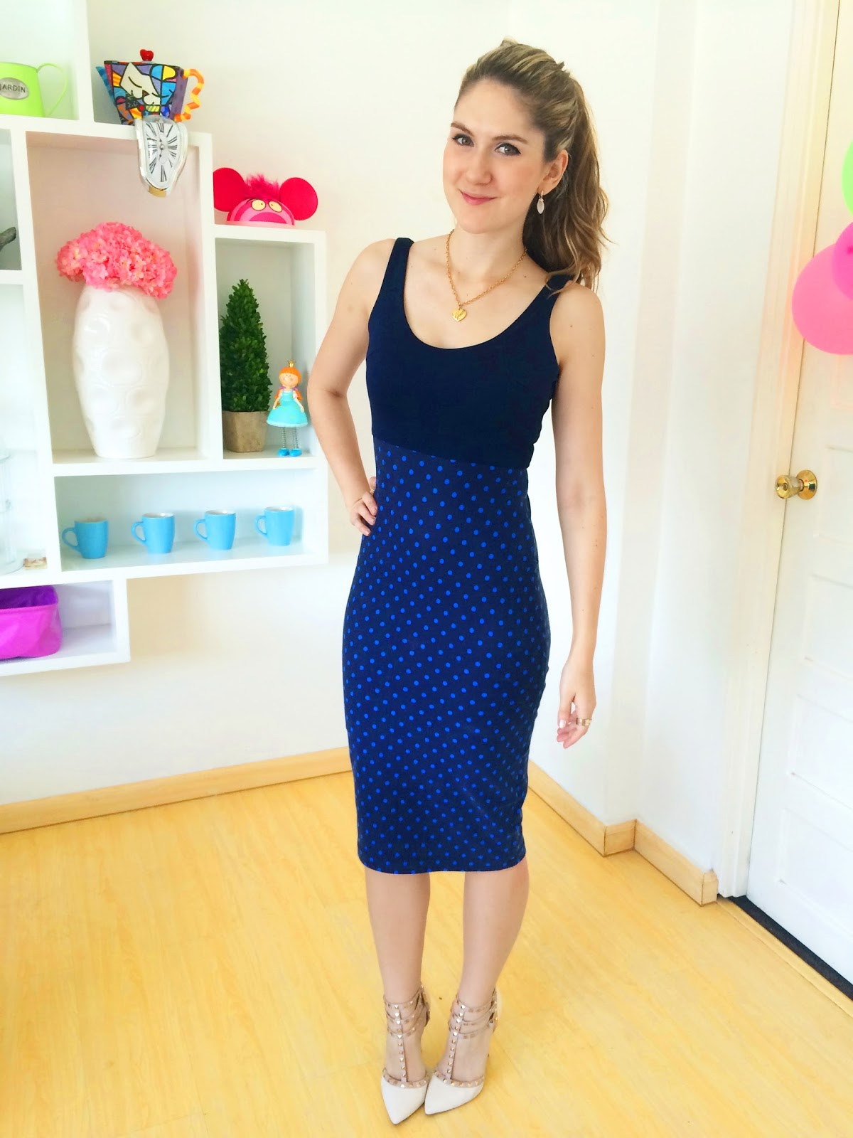 Click through for tips on how to style your pencil skirts for work!
