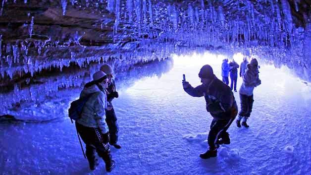 Isla Apóstoles - Cuevas de hielo