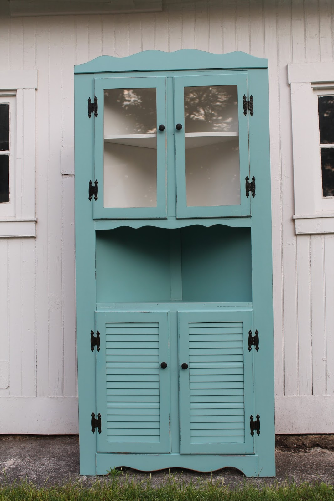 Elizabeth co pretty aqua corner cabinet for Corner cabinet