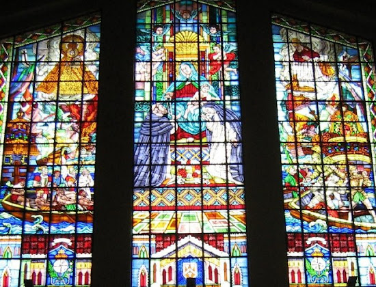 Stained-glass of Sto. Domingo Church