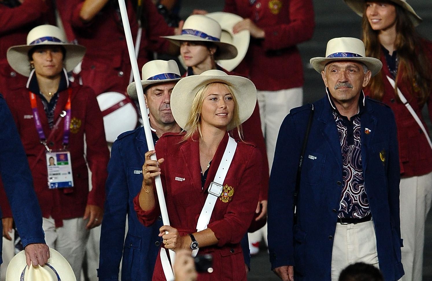 http://3.bp.blogspot.com/-RVzSu9OIpaw/UBZ8yzjoNHI/AAAAAAAAuIY/IGIgf7yhaaU/s1600/MSharapova+Olympic+Opening+Ceremony.jpg