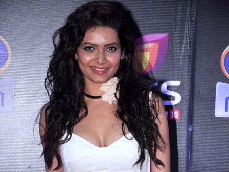 Karishma Tanna in white gown dress at the Super Fight League event - Karishma Tanna at the Super Fight League event