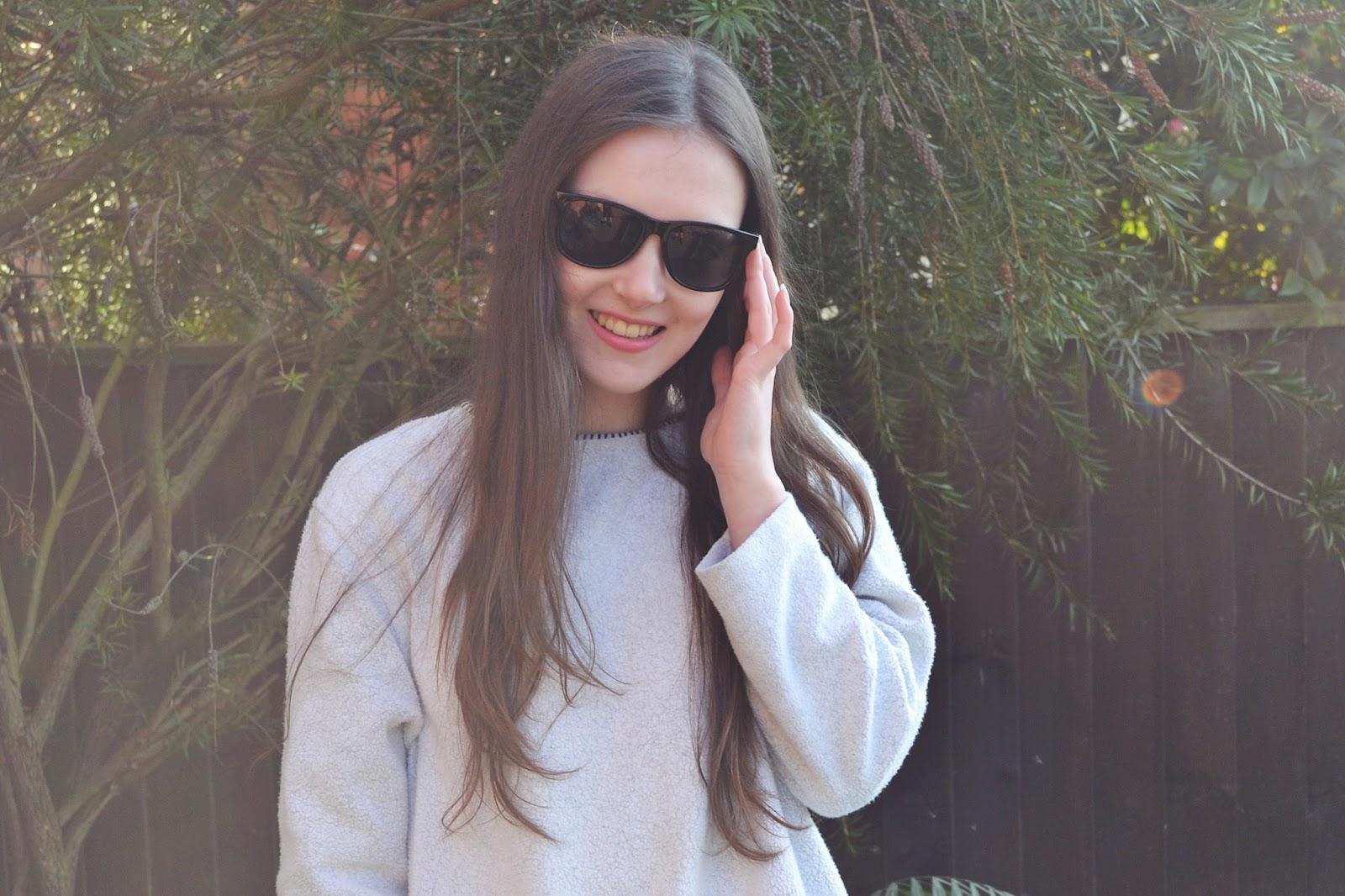 lunar look sunglasses smile