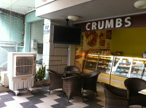 Hinh_crumbs coffee and bar