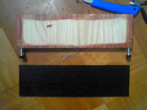 Aptiva用木のケース・背面