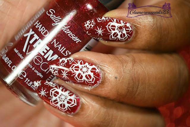 WNAC December 2015: Snowflakes