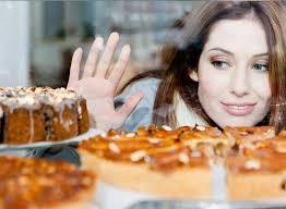 Trik Agar Tak Gemuk Setelah Makan Makanan Manis