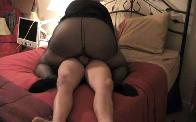 Mom Has Se With Son Wearing Pantyhose