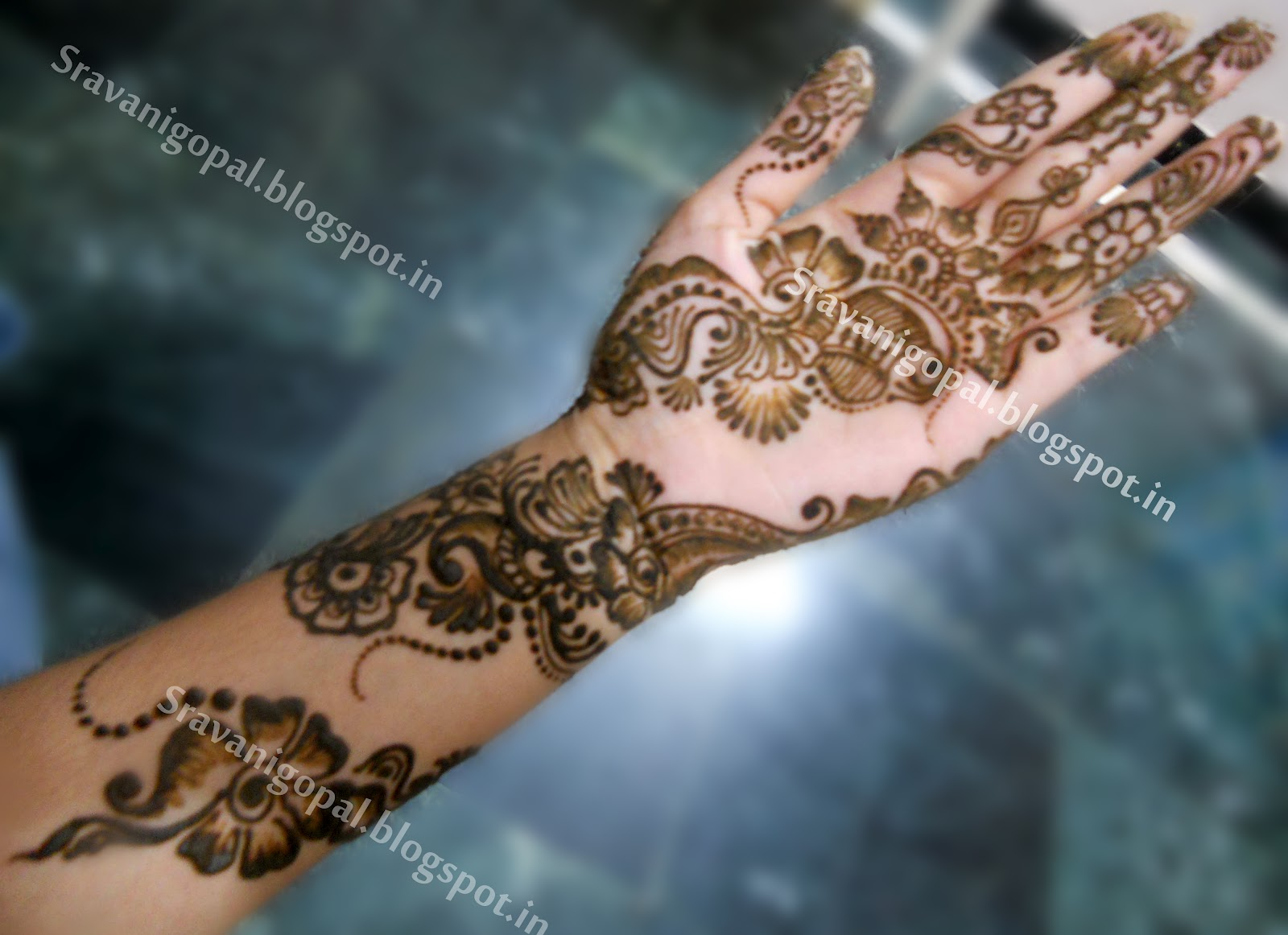 Mehndi Right Hand : Mehndi designs