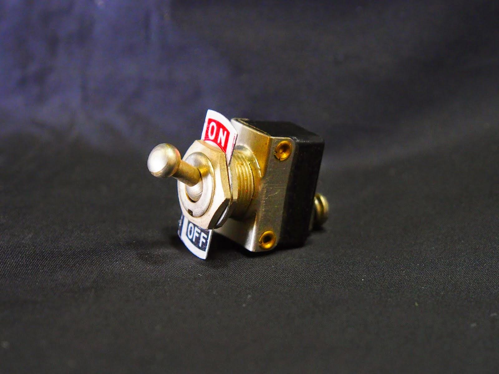 ビンテージトグルスイッチ