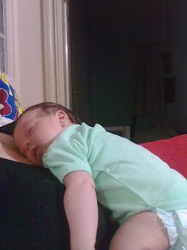 Samuel com um mês