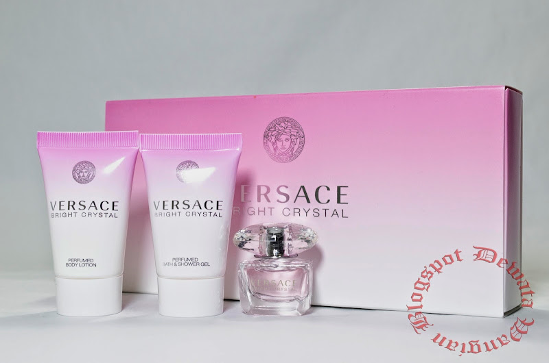 Versace Bright Crystal Perfume Set