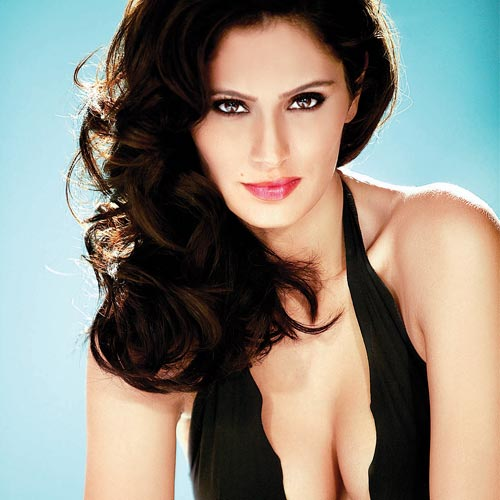 Half-Brazilian-half-Arabic actress Bruna Abdalah