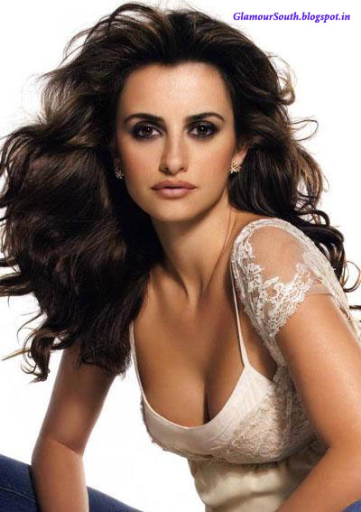GlamourSouth.blogspot.in: Penelope Cruz Hot and Casual Poses