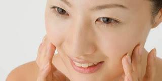 Cara Mencuci Wajah yang Baik dan Benar Agar Kulit Tetap Sehat