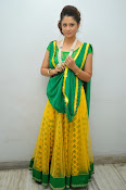 Shilpa chakravarthy sizzling photos-thumbnail-15