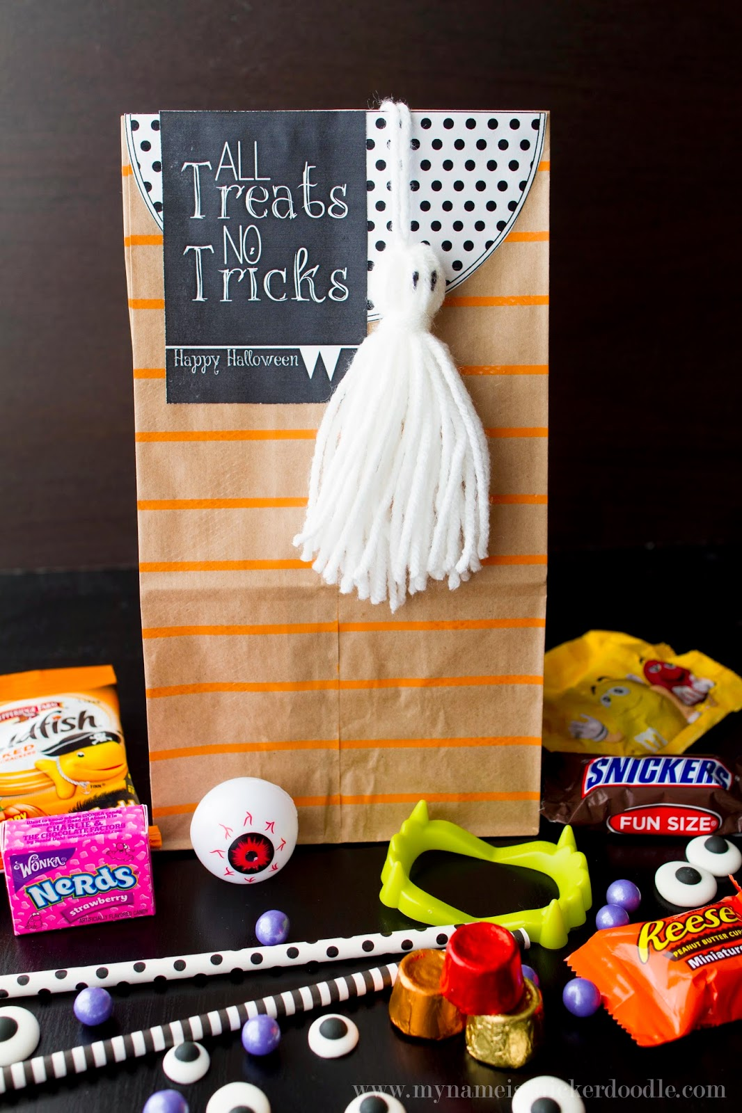 Super fantastic (and free!) printables for any Halloween party goodie bags!  |  My Name Is Snickerdoodle