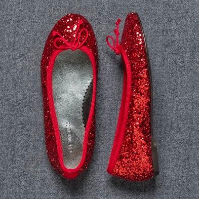 http://www.lilsugar.com/Glittery-Shoes-Little-Girls-1725675