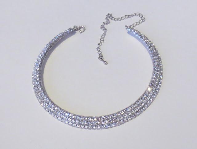 Rhinestone vintage necklace | www.stinap.com
