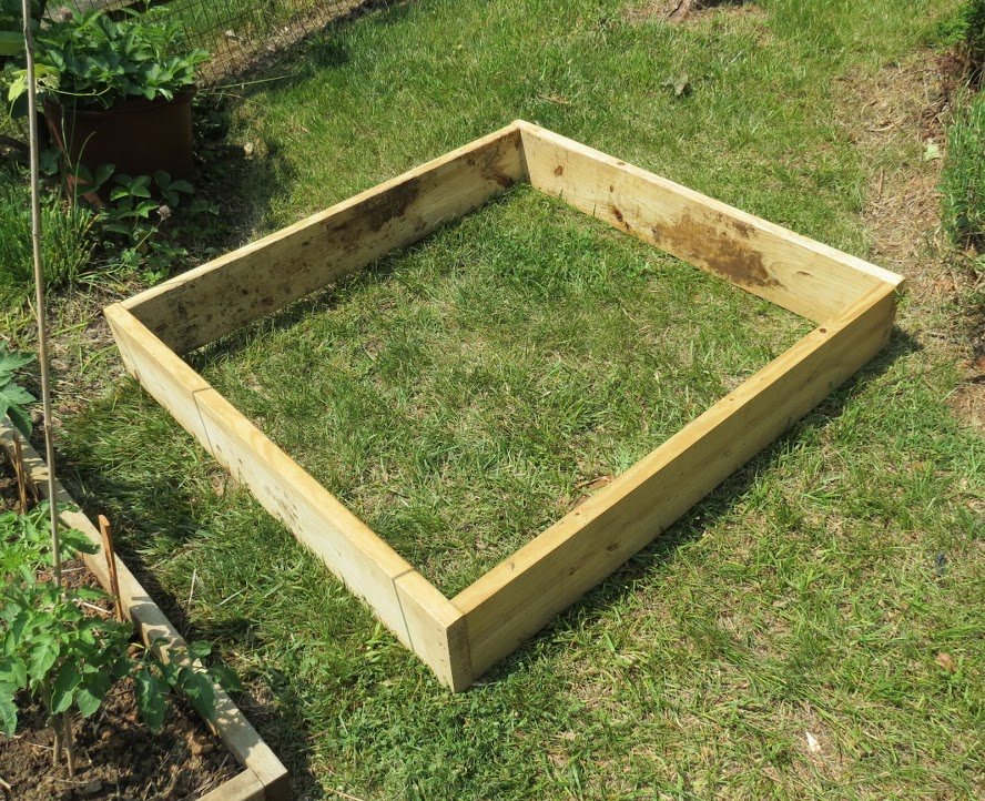 The rusted vegetable garden for How to make a raised garden