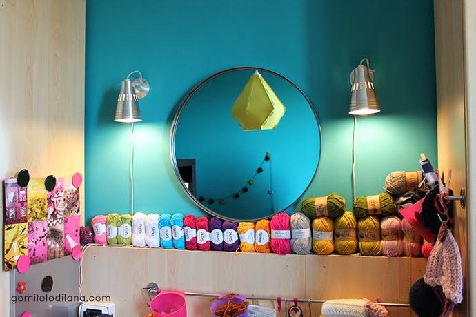 Studio - work space - craft zone -yarns and colors- gomitoli di lana - spazio di lavoro creativo