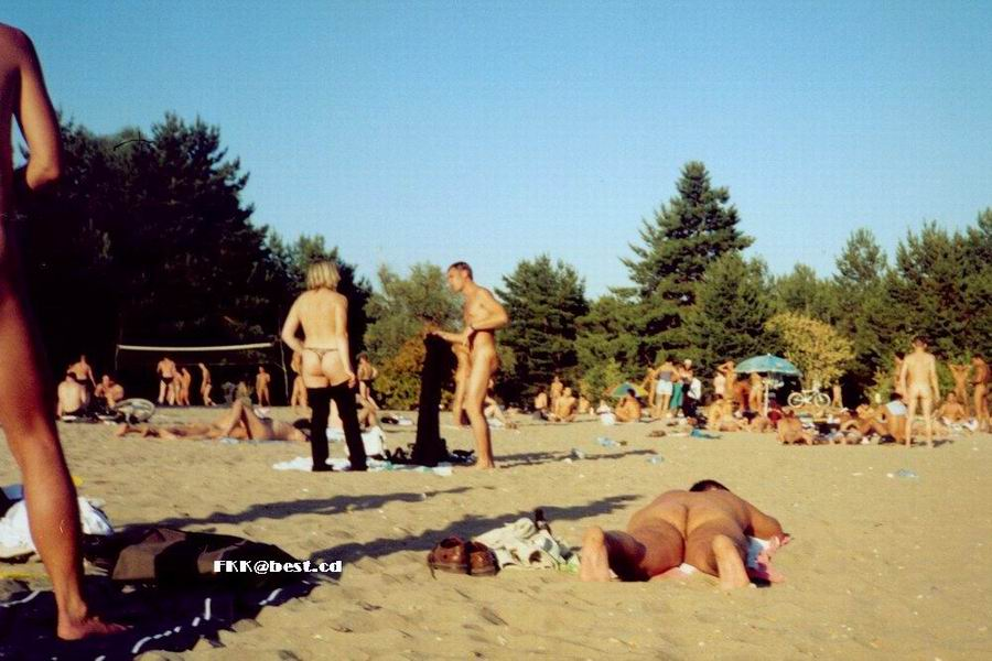 foto-nudistov-v-serebryanom-boru