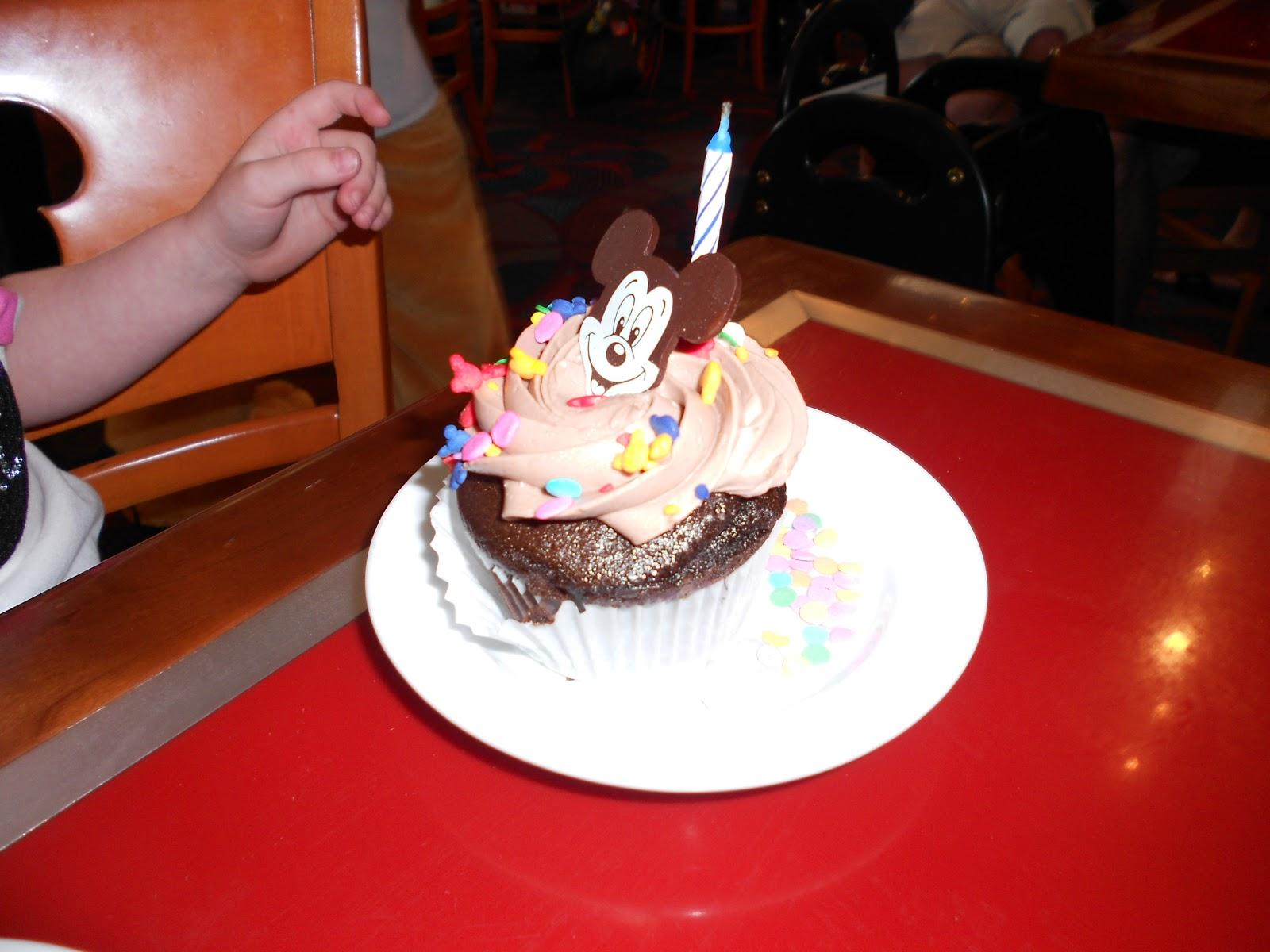 Celebrating A Birthday At Disney World Tips From The Disney Divas