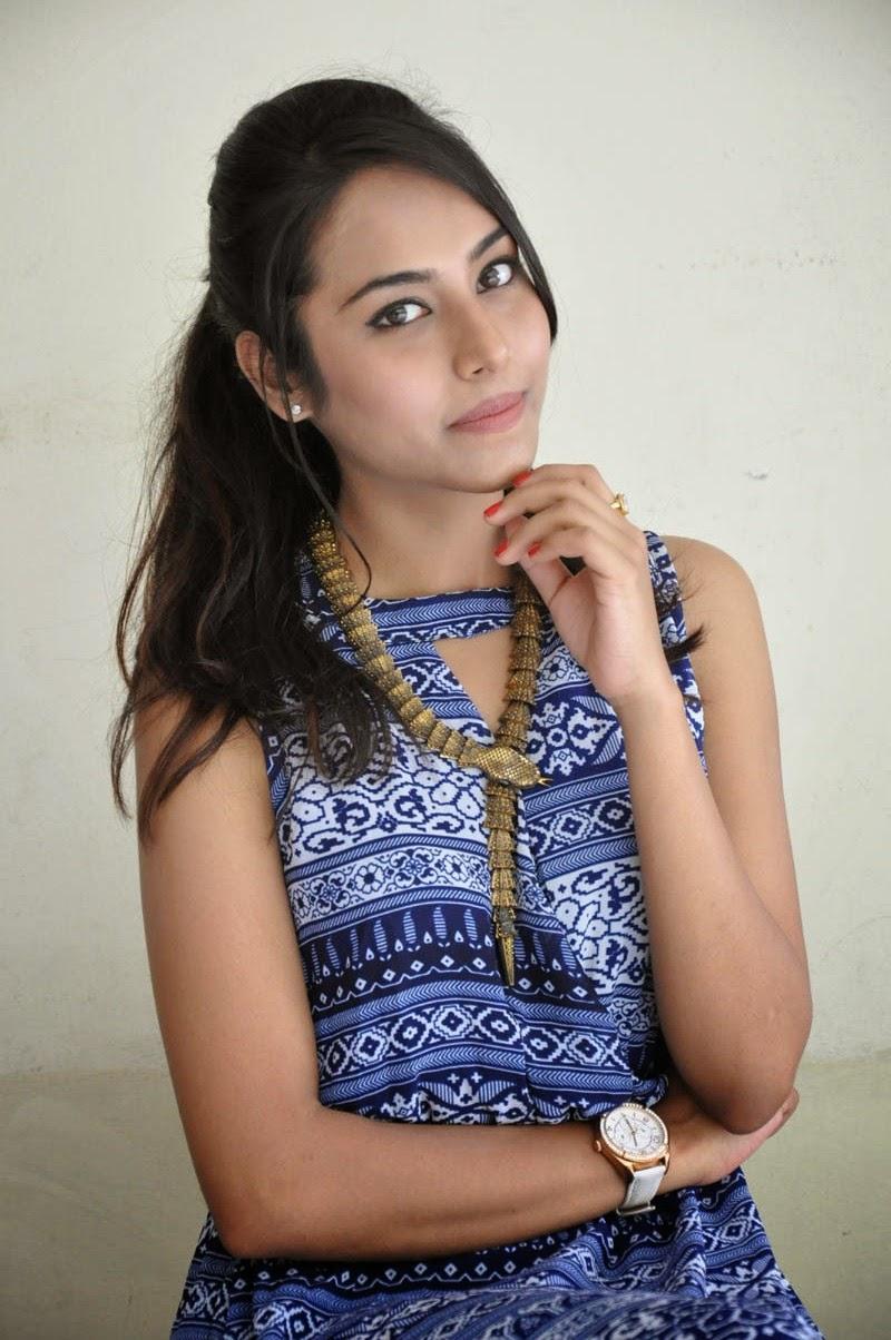 Khenisha Chandran at Jaganatakam press meet-HQ-Photo-18