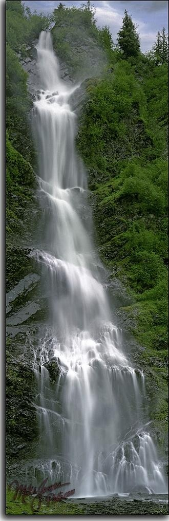 Bridal Veil Falls,Alaska,California,USA