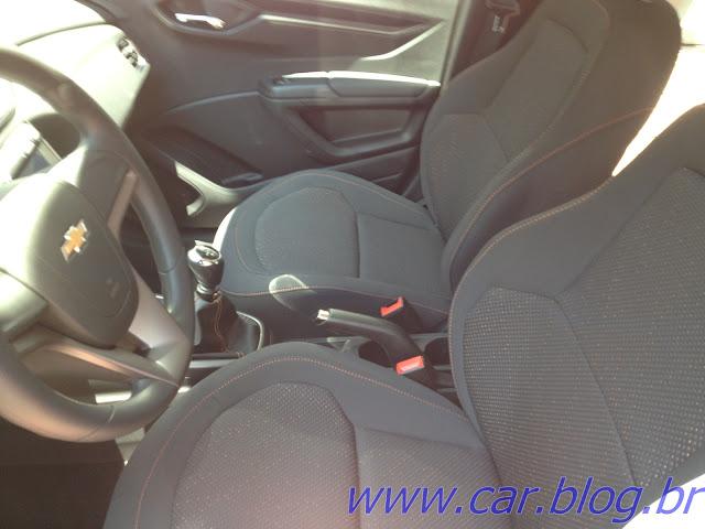 Chevrolet Onix LT 1.0 - bancos dianteiros