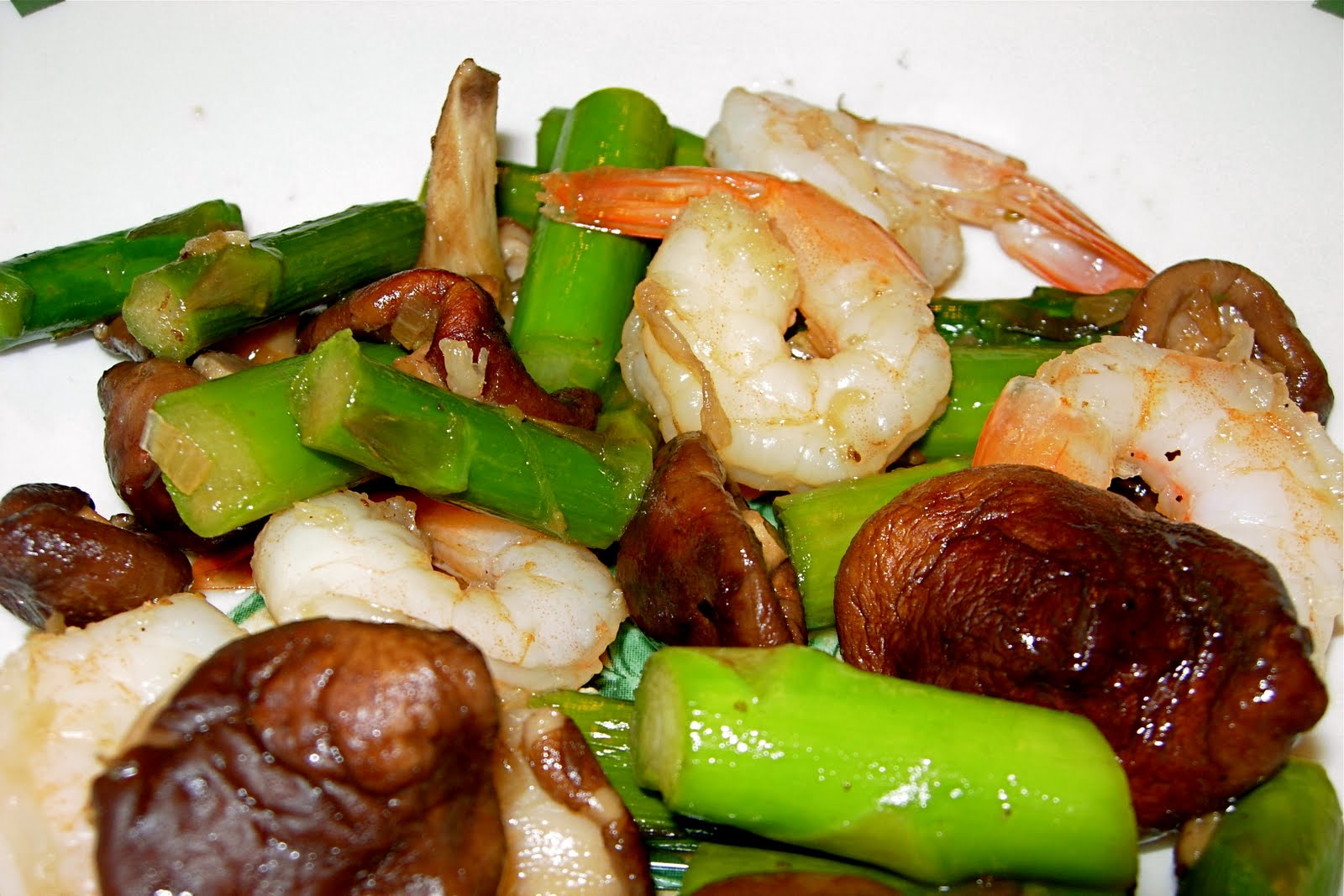 CFSCC presents: EAT THIS!: Shrimp, Asparagus & Shiitake Stir Fry