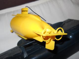 cargador de batería de maqueta de submarino a radiocontrol
