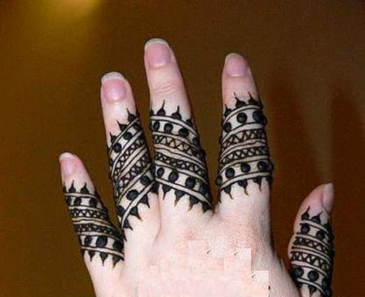 Fingers Mehndi Designs Pics : Latest mehndi designs on fingers with new pink accent domseksa