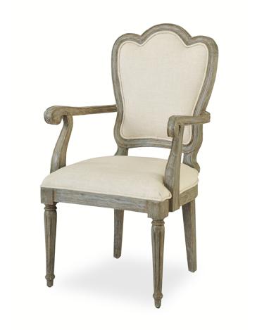 Kr sillas de comedor con reposabrazos en madera envejecida for Sillas comedor con reposabrazos