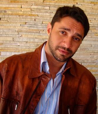 Escritor Roberto Muniz Dias, autor de Adeus a Aleto