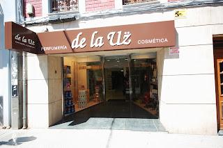 Perfumería de la Uz. Pola de Lena. Punto de venta Eva Rogado