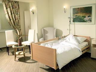Стационарное лечение в ЛИСОД проходит в палатах, не уступающих по уровню комфорта и сервиса номерам высококлассной гостиницы.