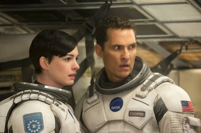 Interstellar movie still Anne Hathaway and Matthew McConaughey
