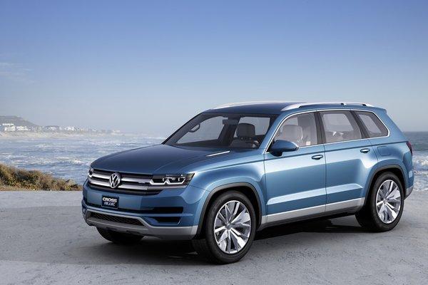 Семиместный внедорожник Volkswagen CrossBlue 2014