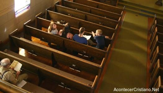 Disminución de fieles en iglesia