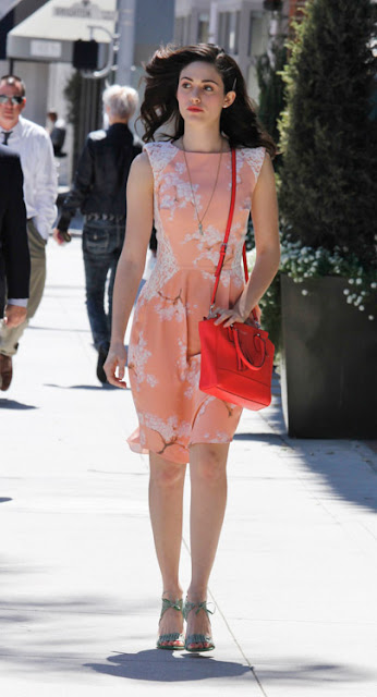 Amarelo-Bordo-moda-fashion-look-bag-bolsa-Emmy-Rossum-Coach