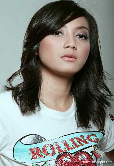 Foto hot Wiwid Gunawan majalah dewasa