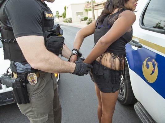 prostitutas indignadas prostitutas en tenerife sur