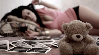 teddy-abandoned-by-beautiful-girl-image-for-men-sharing-in-facebook.jpg