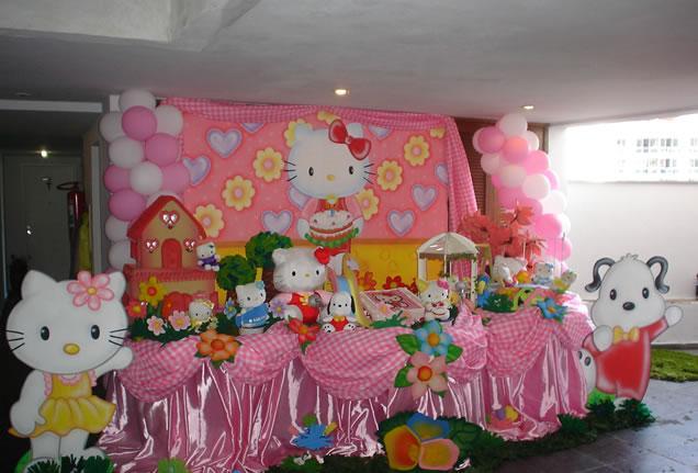 Decoracion Hello Kitty Fiestas Infantiles ~   telas, aqu? una fiesta infantil decorada con ellas y con Hello Kitty