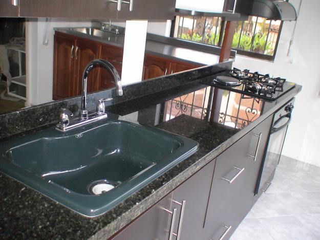 Mgc marmol granito y cuarzo for Barras de granito para cocina