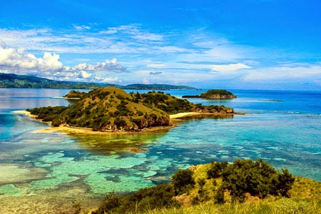 17 gugusan pulau Riung