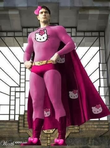 Foto Lucu Superman Berkostum Hello Kitty